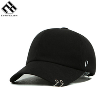 2017 New Metal Rings Fashion Cap Baseball Cap Snapback Hat For Men Women Baseball Hat Outdoor Sport Golf Hat Bone Adjustable