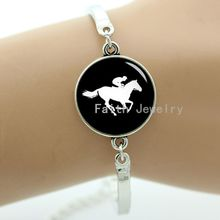 Horse racing bracelet, personalized horse race sport silhouette bracelet, sporty series jewelry gift to give best friends -945