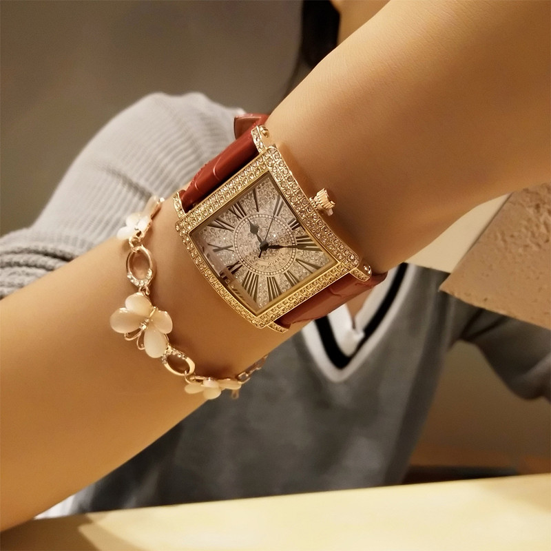 Luxury Fashion Elegant Graceful Women Watch Lady Quartz Wristwatche Female Clock Rhinestone Leather Bracelet Banquet Gift Party<br>