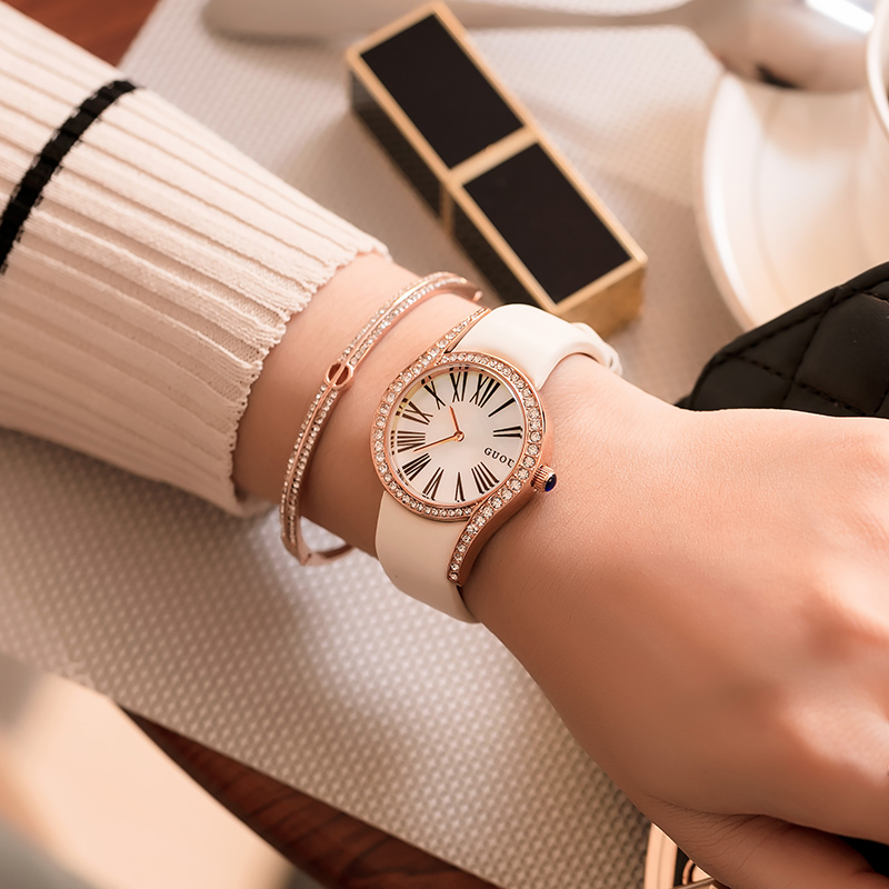 GUOU New Fashion Personality Diamond Dial 2018 Leather Strap Roman Scale Watch  Women Watch New Roman Strap 8189<br>