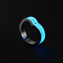 1pcs New Chic Glow in The Dark Luminous Fluorescent Spiral Ring For Women Night Light Glowing Finger Rings Bar Party Jewelry