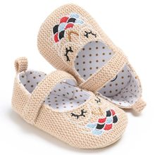 Lovely Knitted Cotton Girl Baby Shoes Good Quality Embroidered Infant Crib Slippers Soft Comfortable Baby Girl Sole First Walker