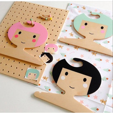 Nordic 2017 New INS Wooden Lovely King/ Princess/Girl Wall Hangers Children Room Decoration Handmade Baby Clothing Hangers(China)