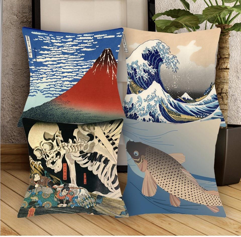красивые диваны с красивой японкой