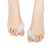 1Pair Silicone Toe Separator Thumb Valgus Protector Bunion Adjuster Hallux Valgus Guard Gel fingers Health Care(China)