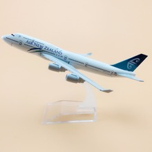 16cm Alloy Metal Airplane Model Air New Zealand B747 Airlines Aircraft Boeing 747 400 Airways Plane Model W Stand Gift(China)