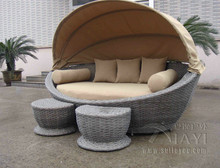 Cane Garden Daybed With Tea/ Coffee Table , Wicker Oval Daybed transport by sea