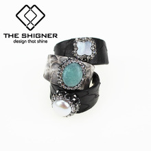 Luxury Jewelry Python pattern leather jewelry Snake Leather Rings Natural shell pearl stone Leather Base Adjustable finger Ring(China)