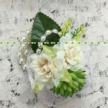 Silk Fashion Artificial Camellia Rose Plant Boutonniere Bride Pearl Corsage Wrist Bracelet Flower in Wedding Church Decor FL5355