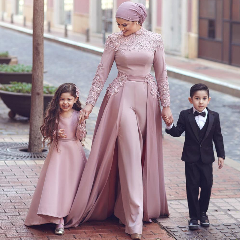 Vintage High Neck Ankle Length Jumpsuit Evening Dresses Lace Appliques Muslim Formal Dress with Detachable Train(China)