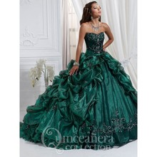 2016 Elegant Halter Green Quinceanera Dresses Crystal Sweetheart Pick Ups Ruffles Organza Ball Gown Masquerade Dress Vestido 16