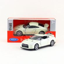 Welly DieCast Model/No Scale/Japan Nissan GT-R toy/Pull Back Educational Collection/for children's gift or collection