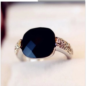 2013 New Christmas Gifts Square Black Gem Crystal Index Finger Ring HOT Min order $10 =( Mix Order)(China (Mainland))