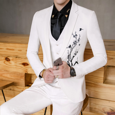 free shipping new men autumn winter vintage embroidered flowers slim nightclub 3-piece set suits men wedding dress suits CSMS020