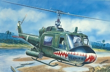 Out of print product! Italeri model 0050 1/72 UH - 1C GUNSHIP airplane plastic model kit(China)