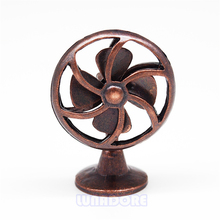Odoria 1:12 Miniature Old Fashioned Bronze Fan Vintage Furniture Dollhouse Accessories Livingroom Bedroom(China)