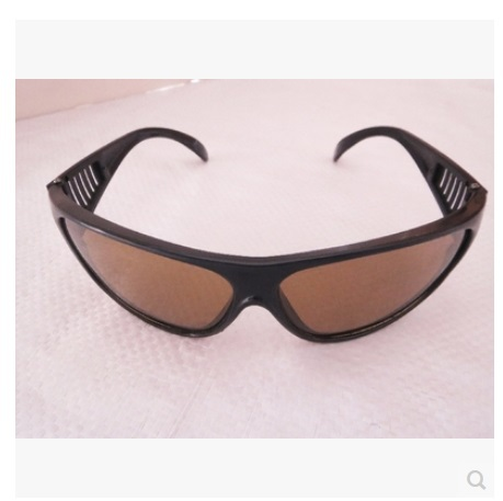 New Workplace Safety Supplies Safety Goggles Eyes Protection Clear Protective Glasses Wind and Dust Anti-fog Medical Use<br><br>Aliexpress