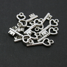 New style 10Pcs/lot Tibetan Charm beads Silver-Plated key Alloy Beads Charms Pendant Jewelry Findings AD-7190