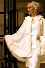 2017 Charming Ivory Faux Fur Satin Wedding Accessories Bridal Wraps Faux Fur Satin Jackets Wedding Shrug Winter Coat