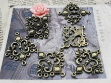 Hollow Lily Charms Jewelry Connectors Trendy Antique Bronze Alloy Metal fit Diy Jewelry Making 30*36mm 20pcs/lot