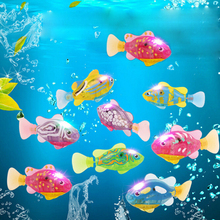 1Pcs Mini Funny Baby Bath Toys Led Light Fish Activated Battery Powered Robot Fish For Baby Shower Bath Swimming Accessories(China)