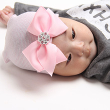 2016 Fashion Cute Pink Newborn Baby Infant Girl Toddler Rhinestone Bowknot Cap Beanie Hats  Children Warm Christmas Gift