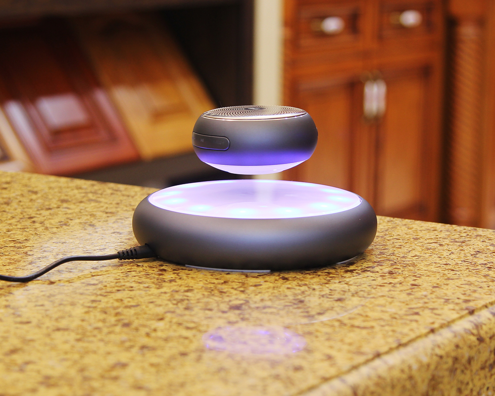 magnetic suspension bluetooth speaker (2)