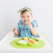 2017 New Toddler Baby Kids Food Placemat One-Piece Table Mat Silicone Divided Dish Bowl Plates With FDA Safe Certification