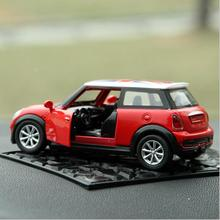 New Arrival Vintage Car Model Car Solid Decoration Accessories Automobile Ornament SUV Series Birthday Toy Gift Nat(China)