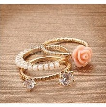 Min. order $9(mix order) Free Shipping Best Price simulated Pearl, Rose,Rhinstone Gentlewomen Ring Set