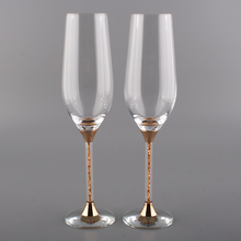 1pair Unique New Skull Beer Gold Color Stem Crystal Champagne Flutes 235ml Drinking Cups Crystals Rhinestone For Party Wedding