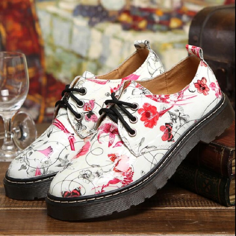 2017 Patent Leather Big Woman Flats Designer Vintage Flat Shoes Round Toe Handmade White Creepers Oxford Shoes For Women<br><br>Aliexpress