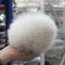 Big Size 100% Real Raccoon Fur Pompoms luxurious fur balls Genuine Fur Pom Pom for Bag Hats Cap Scarf Gloves Attached the Hasp(China)