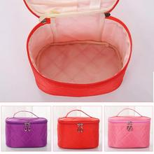 Fashion Cosmetic box women large capacity storage handbag travel toiletry makeup bag 2017 New Make Up Bag