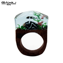 Trendy Resin Wood Ring Male Wooden Rings For Women Water Wave Hip Hop Fashion Punk Animal Jewelry(China)
