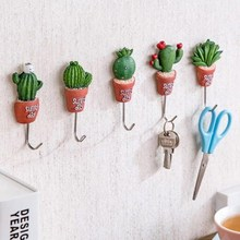 2PCS Beautiful Imitation Cactus Plant Article Storage Hook Home Kitchen Balcony Wall Decoration Artificial Landscape Plants