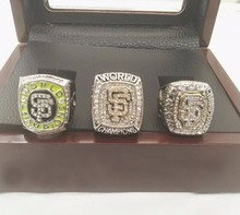 Wholesale 3 Years/Sets 2010 2012 2014 San Francisco Giants Major League Baseball Replica Championship Ring With Wooden Box(China)