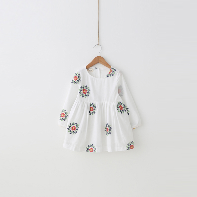 Girls dress clothes 2017 spring new fresh bayberry Korean embroidery cotton baby princess dress <br><br>Aliexpress
