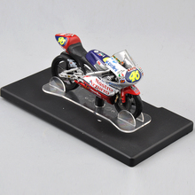1/18 Scale Motorcycle Model VALENTINO ROSSI NO.46 Aprilia RS 12 World Champion 1997 Diecast Motorbike Models Kids Collections(China)