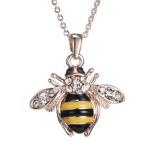 Free Shipping Golden Bee Rose Gold Pendant Necklace Unique Austria Elements Crystal Necklaces For Women Jewelry Wholesale