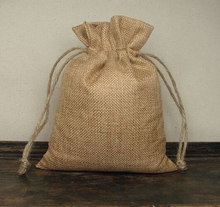 wholesale 8x11cm 100pcs Natural Color Jute Bag Drawstring Bags for Storage/DIY/Home Decor Free Shipping(China)