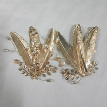 Elegant Handmade Golden Crystal Pearls Flower Metal Leaf Wedding Hair Clip Barrette Bridal Headpiece Bride Hair Accessories Gift(China)