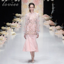 Brand New Designer Tea Length Chic Prom Dresses 2017 Long Sleeves 3D Floral See Through Sexy Pink Party Dress Gala Jurken