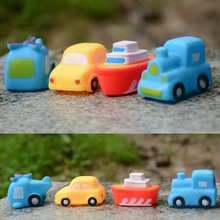 4pcs Baby Funny Bath Toys Vehicle Model Soft Rubber Cartoon Simulation Car Airplane Bathing Water Spraying Squeeze Sounding Toys(China)