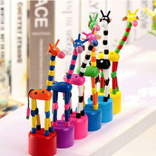 Colorful Wooden Giraffe Hand Animal Fun Toys Giraffe Anime Kids Puppets Finger Puppet For Sale Birthday Gift Doll