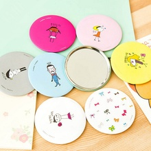 New Design Women Lovely Hand-Painted Makeup Mirror Portable Small Mirror Cosmetic Compact Mirrors Random