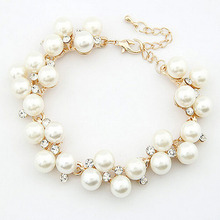 1PCS New Arrival Delicate Charm Faux Pearl Bracelet Crystal Cubic Zircon Pearl Beads Bracelet For Women Cuff Chain