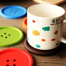 2016 top quality Cup Pad Cute Design Button Coaster for Home Use Silicone Cup Mat Table Decal 4 Colors
