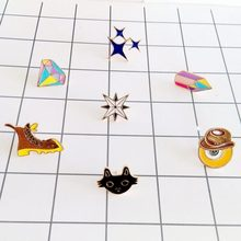 Free shipping Eye Cat Shoes Metal oil paint Cartoon Brooch Pins(China)