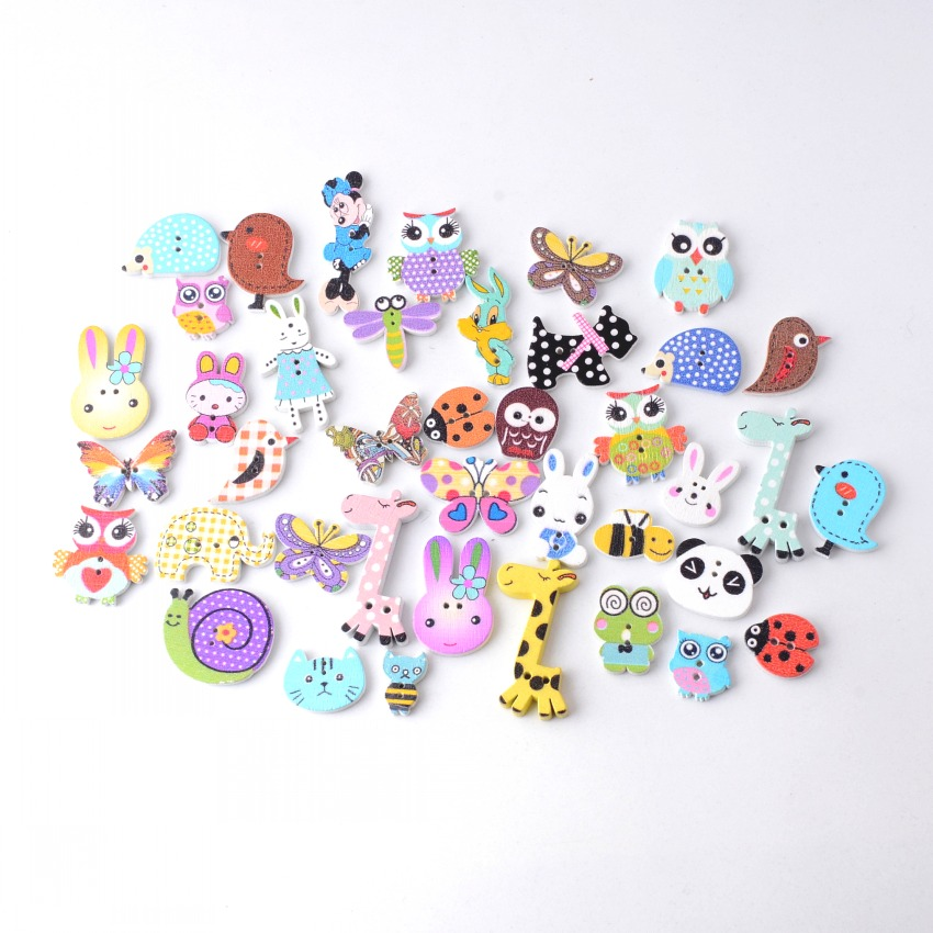 Sewing Buttons   35mm 20 pcs Patterned  Horse Shaped Wood  Scrapbooking